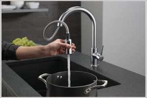 Delta 9159 AR DST Arctic Kitchen Faucet