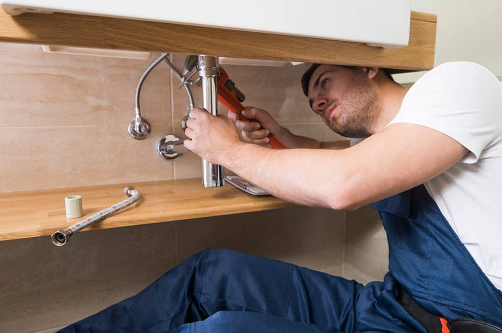Does A Home Warranty Cover Plumbing Leaks